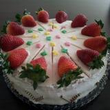 Erdbeer-Sahnetorte1