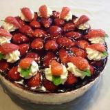 Erdbeer-Vanilletorte-mit-Buchweizenbisquit