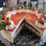 Hagebutten-Orangentorte